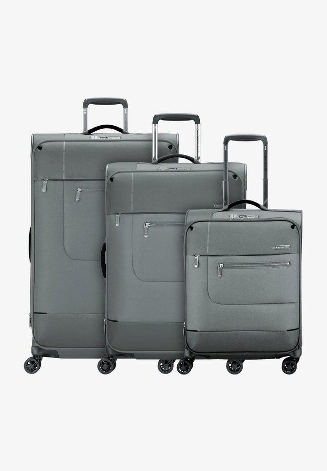 SIDETRACK SET - Luggage set - antracite