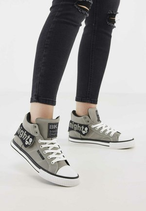 High-top trainers - lt grey/black