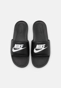 Nike Sportswear - VICTORI ONE SLIDE - Sandaler - black/white - 3