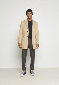 Burton Menswear London - Mantel - camel - 1