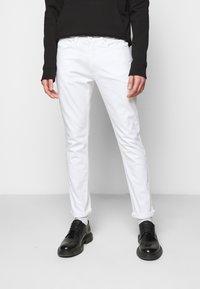 HUGO - Jeans slim fit - white - 0