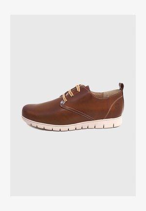 NILSON  - Zapatos con cordones - cuero