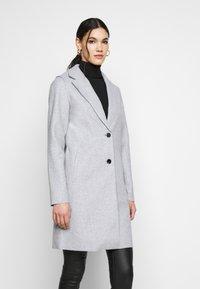 ONLY Tall - ONLCARRIE BONDED COAT - Klasický kabát - light grey - 0