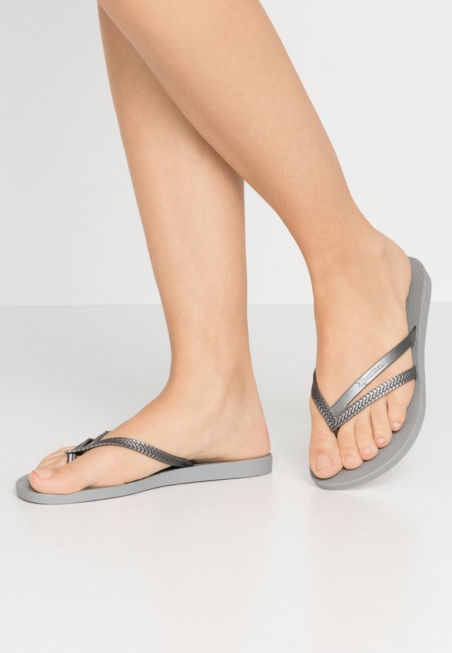 BOSSA - Pool shoes - grey/silver