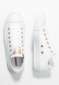 Converse - CHUCK TAYLOR ALL STAR - Sneakers laag - white - 3