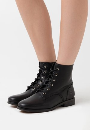 SOMERS FALLS LOW LACE UP - Schnürstiefelette - black