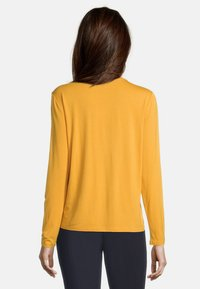 Betty Barclay - MIT GLANZEFFEKT - Blouse - golden glow - 2