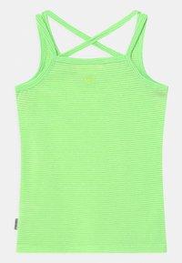 Vingino - GEYA - Top - fresh neon green - 1