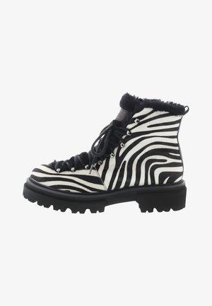 BOBBY - Winter boots - schwarz