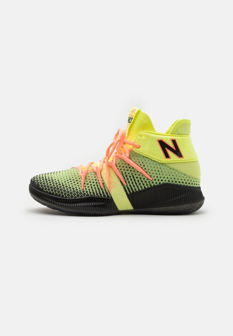 New Balance - BBOMNX - Basketball shoes - pink/black