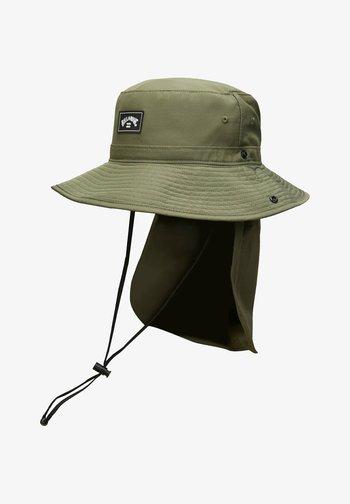 JOHN  - Hat - military