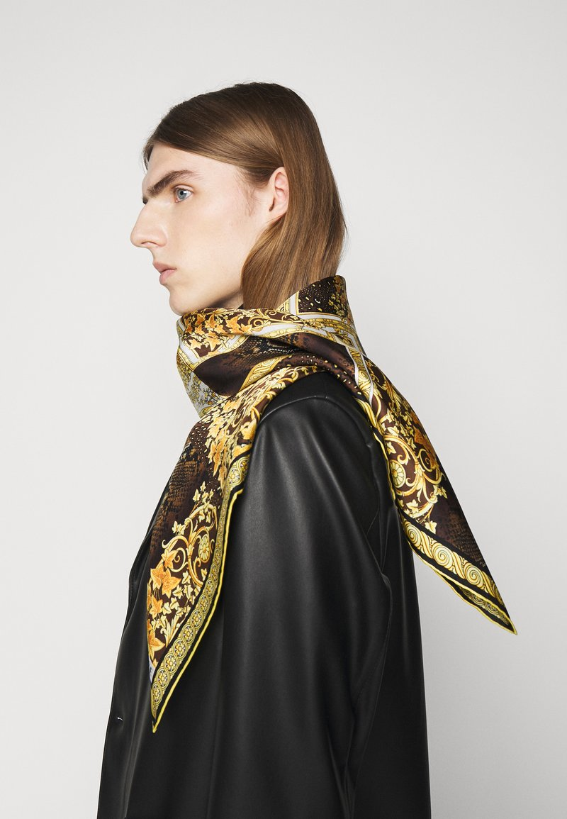 Versace - BAROCCO PATTCHWORK FOULARD UNISEX - Foulard - oro/marrone/bianco