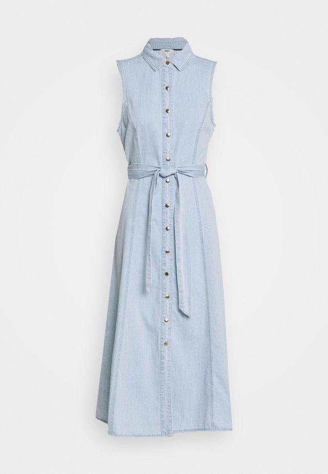 OBJLUCINDA LONG DRESS - Denimové šaty - light blue denim