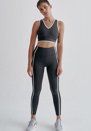 SET - Sports bra - black