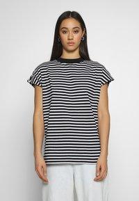 Weekday - PRIME STRIPE - Print T-shirt - black/white - 0