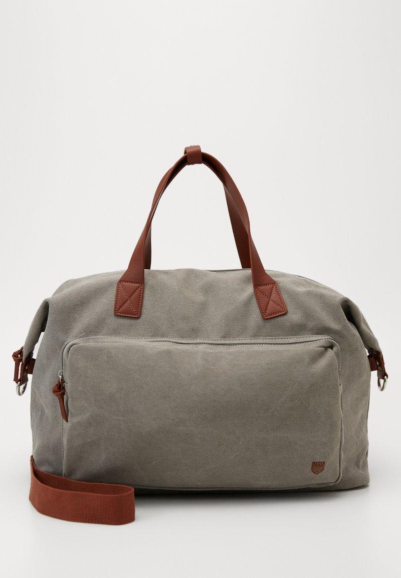Pier One - UNISEX - Weekend bag - grey