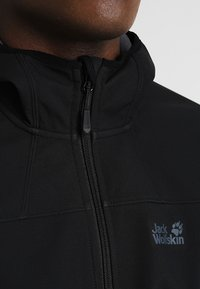 Jack Wolfskin - NORTHERN POINT - Soft shell jacket - black - 3