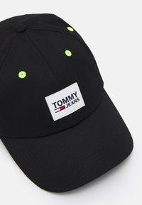 Tommy Jeans - URBAN UNISEX - Lippalakki - black - 3
