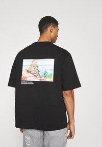 Holzweiler - RANGER TEE - Print T-shirt - black - 0