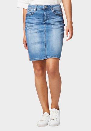 MIT SEITLICHEM TAPE - Denim skirt - used light stone blue denim