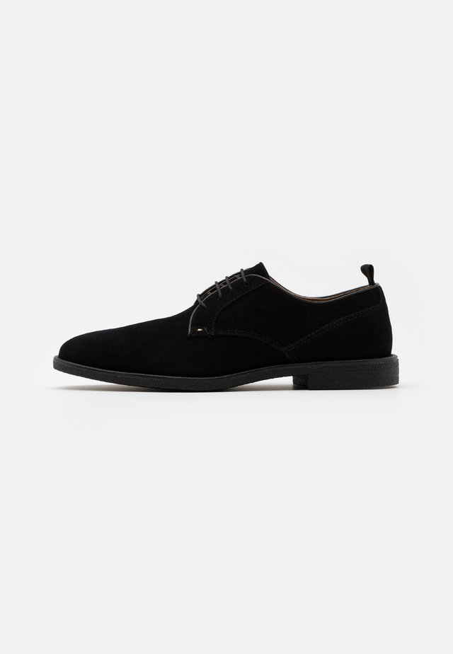 COBURN - Volnočasové šněrovací boty - black