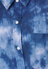 Gap Tall - DRESS MAXI TIE DYE - Maxi dress - blue - 2