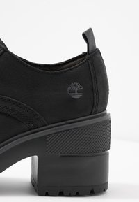 Timberland - SILVER BLOSSOM  - Ankle Boot - black - 2