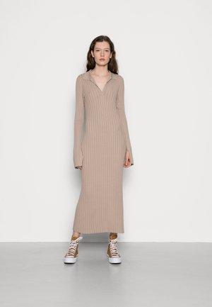 Strikket kjole - mole dusty light
