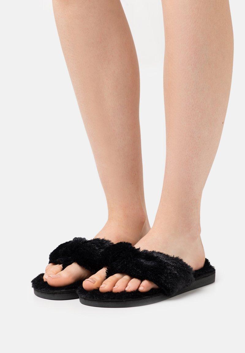 Simply Be - WIDE FIT LEONORA - Domácí obuv - black