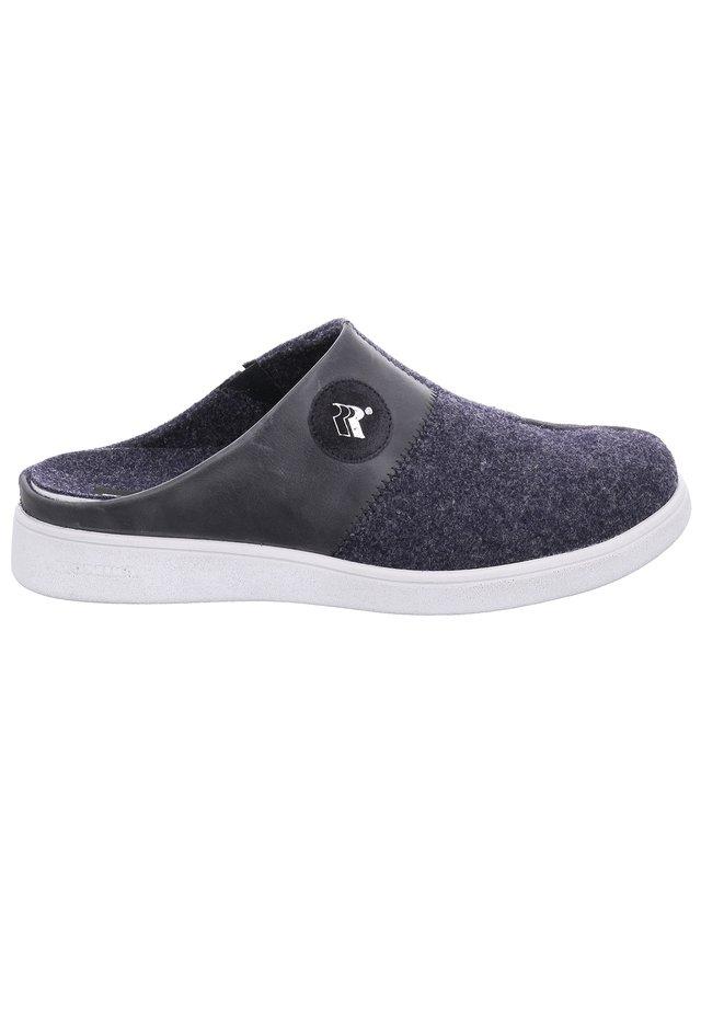 GOMERA  - Slippers - blau-kombi