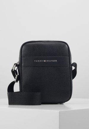 MODERN MINI REPORTER - Across body bag - black