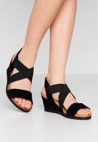 Bianco - BIACAILY CROSS  - Wedge sandals - black - 0