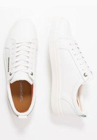 Superdry - TRUMAN - Sneakers laag - white - 1
