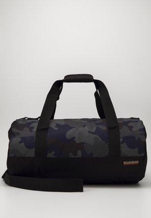 HAN DUFFLE RE PRINT   - Cestovní taška - khaki