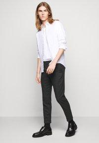 Filippa K - TERRY TROUSER - Kalhoty - dark grey - 3