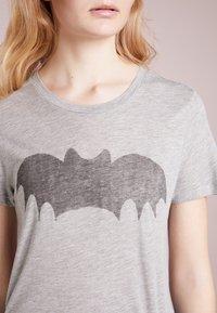 Zoe Karssen - T-shirt print - grey heather - 4