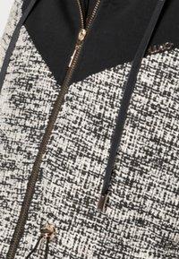 Liu Jo Jeans - MAXI FELPA APERTA - Short coat - nero - 3