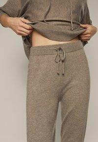 Massimo Dutti - Leggings - Trousers - beige - 0