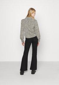 Monki - NALA BLOUSE - Button-down blouse - black dark minibloom dark - 2