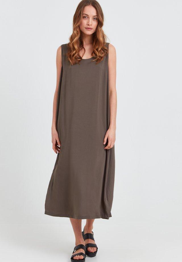 NELLY  - Korte jurk - wren