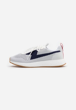 ZEUS - Sneaker low - white