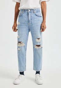 PULL&BEAR - JEANS IM RELAXED-FIT - Slim fit jeans - blue denim - 0