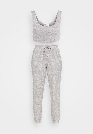 COSY BRUSHED SET - Pantaloni sportivi - grey