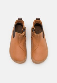 Froddo - BAREFOOT CHELYS - Classic ankle boots - cognac - 3