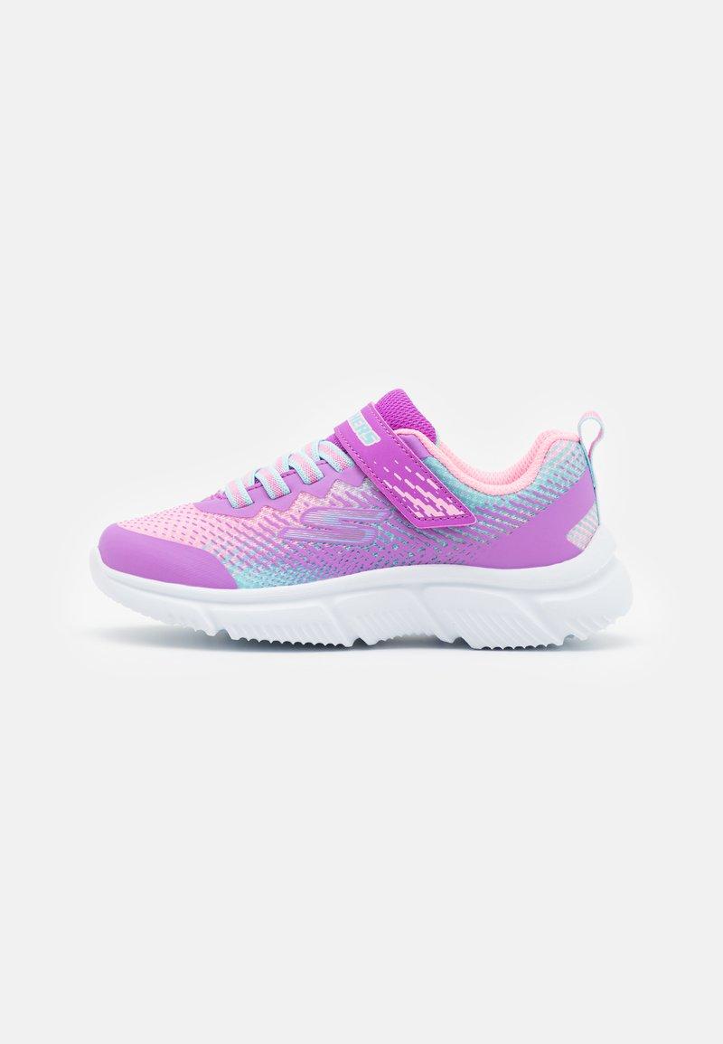 Skechers Performance - GO RUN 650 - Neutrální běžecké boty - pink/multicolor