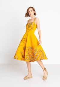 Ivko - STRAP  - Denní šaty - golden - 1