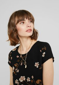 Vero Moda - VMCALLIE BOCA - Blouse - black - 5