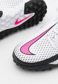 Nike Performance - JR PHANTOM GT ACADEMY TF UNISEX - Astro turf trainers - white/pink blast/black - 5