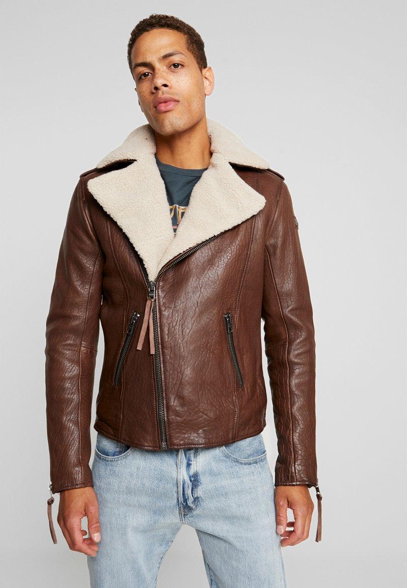 Tigha - FALCO - Veste en cuir - dark brown/beige