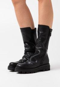 lilimill - ASTRID - Platform boots - sidney black - 0
